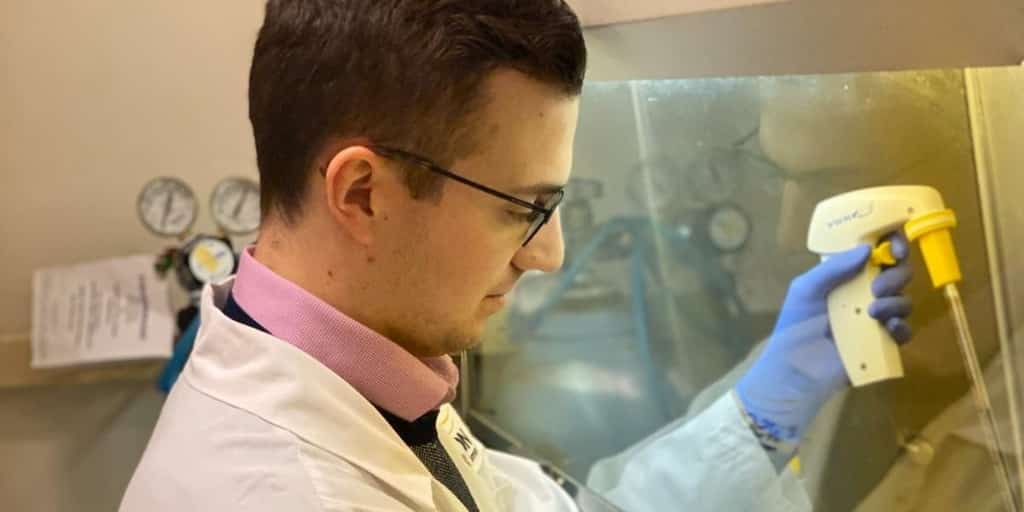 Braeden Medeiros is developing a blood test to assess the risk of lung metastasis in breast cancer patients